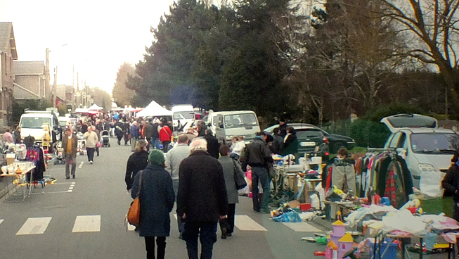 Marché aux Puces - Quartier du N°2 à Quartier du N°2 | Hersin-Coupigny | Hauts-de-France | France